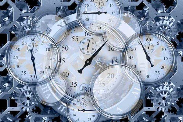 Collage mit Stoppuhren Uhrwerke, Gleitzeit