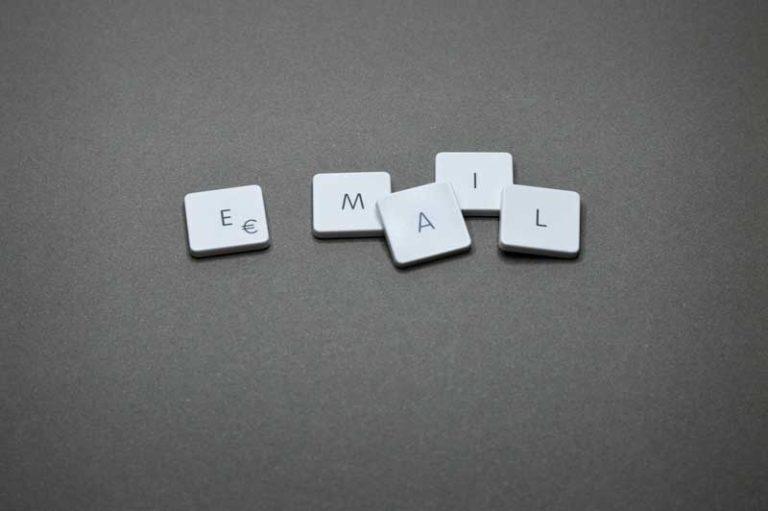 Email Buchstaben Tasten